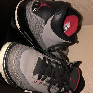 Air Jordan retro 3 stealth 100% Authentic